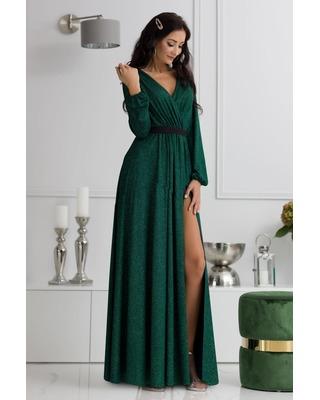 Błyszcząca suknia...