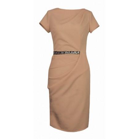 Malinowa sukienka z rękawem odcinana w talii,drapowana 52 CAMILL 209