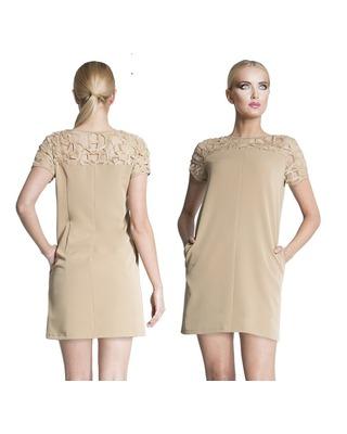 Trapezowa sukienka z ażurowym wzorem CAMILL 231