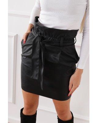 krótka spódnica z wysokim...
