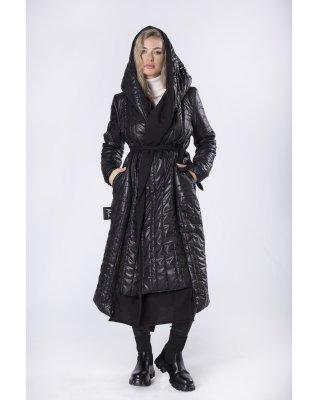 pikowany płaszcz o dłuższym...