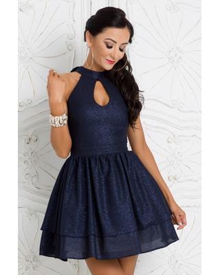 Dziewczęca krótka sukienka...
