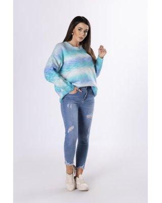tęczowy sweter o prostym...