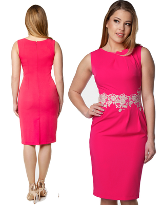 Wąska różowa sukienka z...