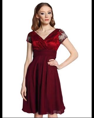 Bordowa koronkowa sukienka...