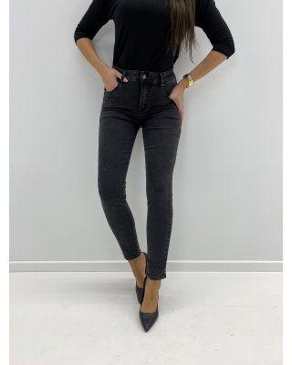 jeansy z wysokim stanem czarny